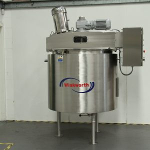 Process vessel - liquid mixing and stirring. 500 litre shown. Angled top entry homogeniser. Anchor stirrer blade.