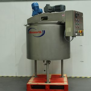 Process vessel - liquid mixing and stirring. Top entry homogeniser.